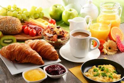 De acordo com uma nova pesquisa, a escolha aumenta a queima de calorias durante o dia e reduz açúcar no sangue